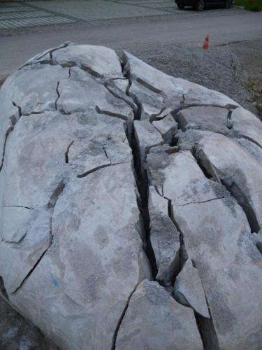 BETONAMIT® zum Steine spalten
