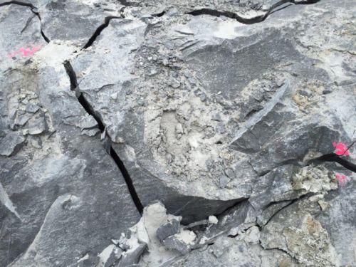 BETONAMIT - Felsabbau leicht gemacht mit Quelldruckmittel