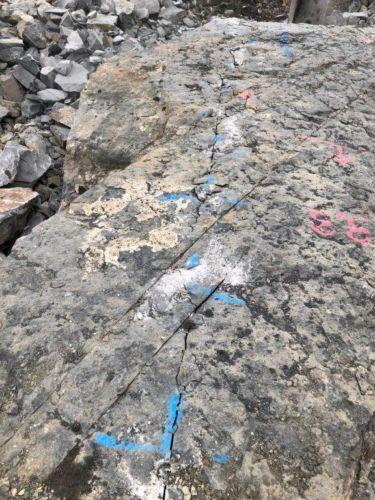BETONAMIT - Fels spalten